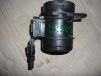Расходомер воздуха AUDI БУ 04L906461B