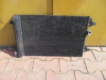 Радиатор кондиционера VW SHARAN (2001-2010) Б/У 7M3820411E