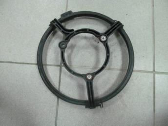 Кожух электровентилятора AUDI А4 (1995-2001) / A6 (1998-2001) / VW PASSAT B5 (1997-2000) Б/У