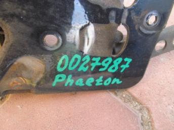 Крючок капота VW PHAETON (2005-2010) 3D0823480E БУ 3D0823480E