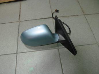 Зеркало электрическое правое AUDI A4 Б/У  8K1857410E