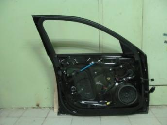 Дверь передняя левая AUDI A4  8K0831051J
