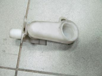 Заливная горловина бачка омывателя AUDI A2 (2000-2005) БУ 8Z0955462
