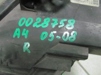 Фара галогенная правая AUDI A4 БУ  8E0941004AJ