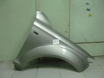 Крыло переднее правое AUDI Q7 4L0 БУ  4L0821102
