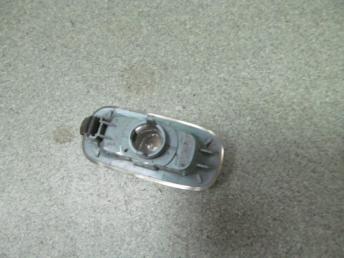 Указатель поворота в крыло AUDI A3 (2004-2008) / A4 (2001-2008) / A6 (2002-2008) L=R БУ  8E0949127