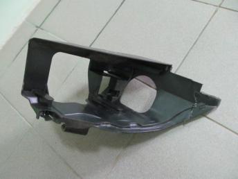 Крепление фары левое AUDI Q7 (2007-2015) БУ с дефектом 4L0941613