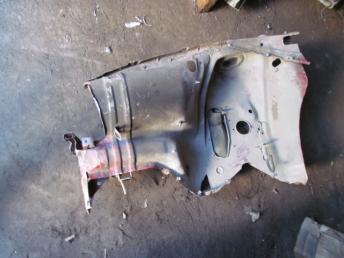 Лонжерон левый AUDI А80 В3 пол чашки БУ 894809101Q