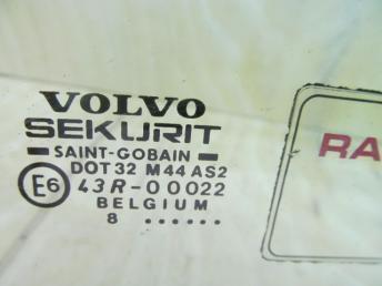Стекло двери передней правой VOLVO S40 / V40 (1996-2004) БУ 30802905