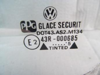 Стекло передней левой двери VW GOLF / VENTO (1992-1998) БУ 1H4845201A