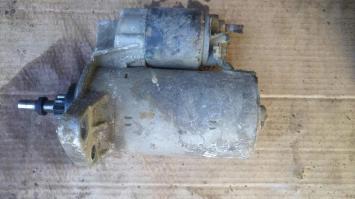 Стартер VW GOLF JETTA БУ  055911023KX