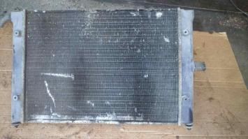 Радиатор охлаждения ДВС VW GOLF 2 (1984-1992) / JETTA 2 (1984-1992) 430мм 1.6 / 1.8 БУ  191121253K