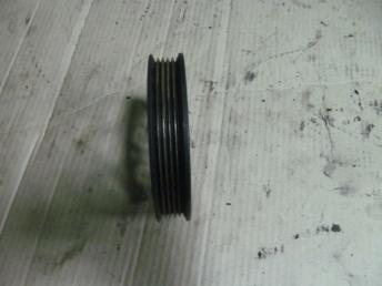 Шкив клинового ремня 058145255E AUDI A4 (1995-2001) / A6 (1998-2005) / VW PASSAT B5 / B5 PLUS (1995-2005) БУ 058145255E