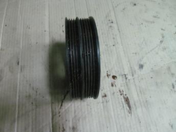 Шкив демпфер коленвала 06B105243D AUDI A4 (1995-2001) / A6 (1998-2005) / VW PASSAT B5 / B5 PLUS (1995-2005) БУ  06B105243D