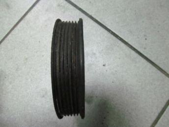 Шкив клинового ремня 03D121028B AUDI / VW БУ  03D121028B