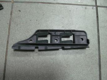Направляющий профиль переднего бампера левый VW GOLF 5 (2004-2009) / JETTA 5 (2004-2010) БУ  1K0807183