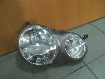 Фара двойная галогенная правая VW POLO (2002-2005) VALEO БУ с дефектом 6Q1941008AF
