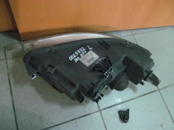 Фара правая VW PASSAT B5 PLUS (2001-2005) БУ сломаны 2 кронштейна 3B0941016AP