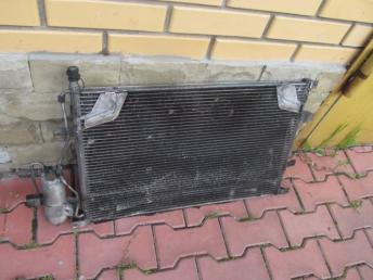 Радиатор кондиционера VOLVO S60 S80 V70 XC70 БУ  30676602