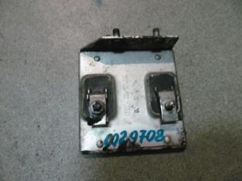 Резистор дополнительный AUDI А4 (1995-2001) / А6 (1998-2005) / VW РАSSAT B5 / B5 PLUS (1997-2005) 8D0959493 БУ  8D0959493