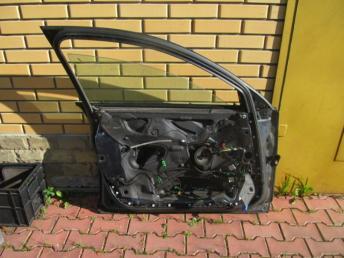 Дверь передняя левая AUDI А6 БУ 4F0831051F