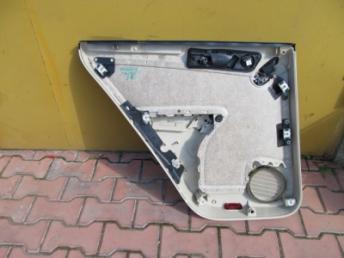 Обивка двери задняя правая бежевая VW TIGUAN (2008-2018) БУ 5N0867212G XPL