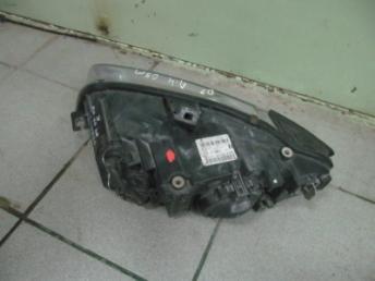 Фара правая галогенная AUDI A4 БУ 8E0941004AJ
