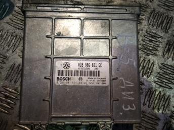 Блок управления двигателем Passat B5 / A4 B5 028906021GK