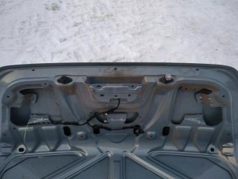 Крышка багажника Ford Focus 2 1353382