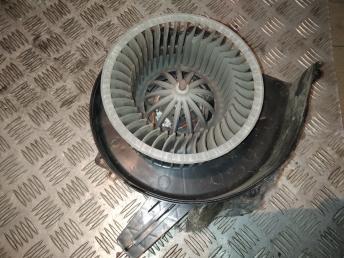 Моторчик печки VAG 6Q1819015