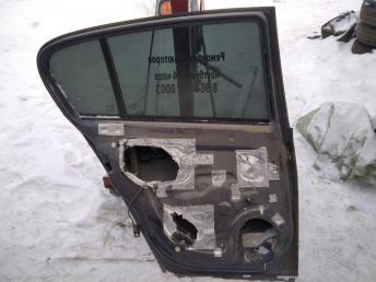 Дверь задняя левая Opel Astra H хетчбек 13162876