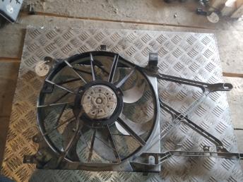 Вентилятор радиатора Opel Astra H/Zafira B 96673784