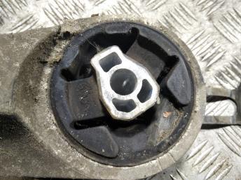 Опора двигателя задняя Opel Antara/Captiva 20839834