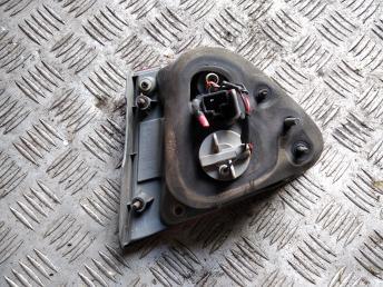 Фонарь задний левый внутренний Hyundai Elantra 4 924032H010