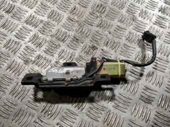 Замок багажника BMW 7 E65/E66 67107014872