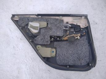 Обшивка двери Toyota Camry V40