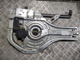 Стеклоподъемник задний правый Hyundai Tucson 1 834802E010
