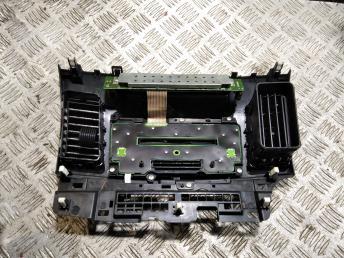 Рамка магнитолы Mitsubishi Lancer 10 8002B683XA
