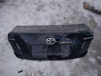 Крышка багажника Toyota Camry V40 6440133400