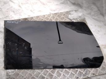 Стекло заднее боковое левое Mitsubishi Pajero MR221933