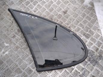 Стекло заднее боковое левое Renault Scenic 7700433886