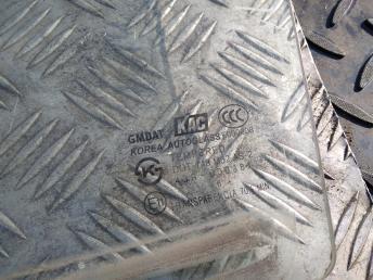 Стекло задней левой двери Chevrolet Lacetti 96548190