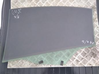 Стекло задней правой двери Citroen C4 9204G8