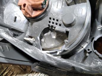Фонарь задний левый наружный Hyundai Elantra 4 924012H010