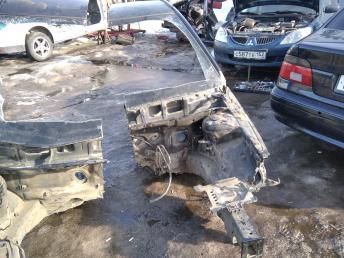 Четверть передняя левая Hyundai Elantra 4