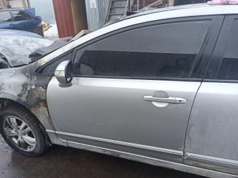 Дверь передняя левая Honda Civic 4D 8 67050SNAJ00ZZ