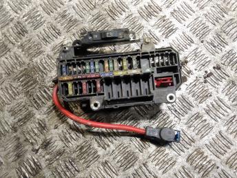 Блок предохранителей BMW 7 E65/E66 61316918849