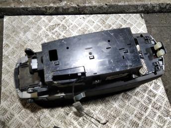 Консоль (подлокотник) BMW 7 E65/E66 51167070282