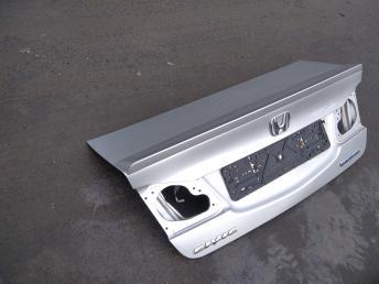 Крышка багажника Honda Civic 4D 8 68500SNDG00ZZ