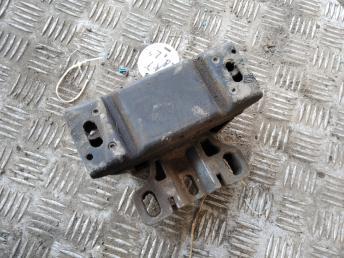 Опора двигателя КПП левая VAG 1J0199555